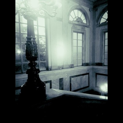#Palazzo #Reale - попала сюда после 2часовой очереди под дождём. Выставка ретроспектива работ Марка Шагала. Здесь же сейчас экспозиция Ван Гога, и я видела, где продаются билеты в Ла Скала, но меня на эти подвиги уже не хватит)))