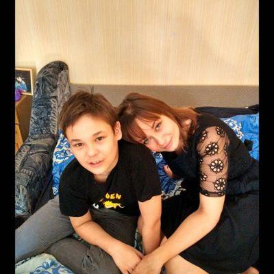 Моему солнышку, самому любимому мальчику сегодня 12:) Он умный и очень добрый, ласковый и понимающий человек. Улучшенная версия нас. Будь счастлив, малыш!