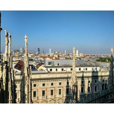 Крыыыыши #duomo #roofs #milano #italy