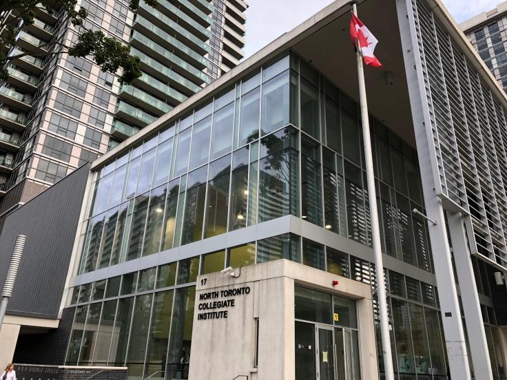 North Toronto Collegiate Institute: старшая школа в Торонто