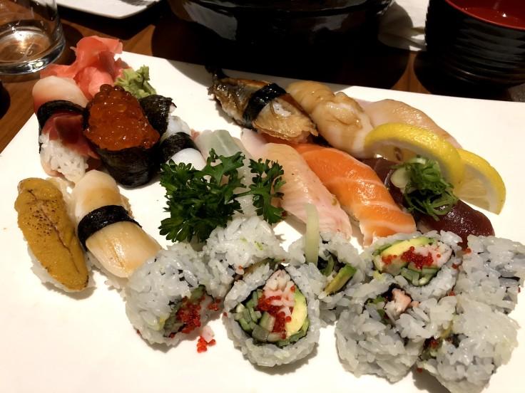 Сколько стоят суши и азиатская кухня в Торонто