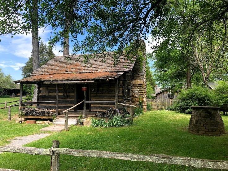 Музей Аппалачи -- домик семьи Марка Твена